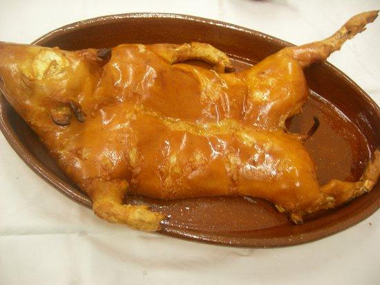 Restaurante San Marcos: cochinillo segoviano