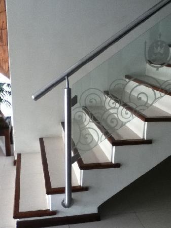 Hotel Neptuno: Escalera