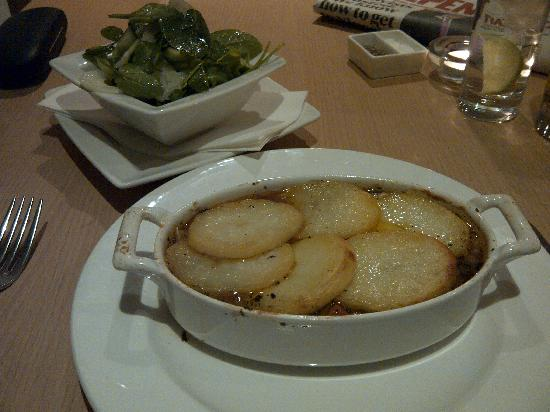 London Street Brasserie: Lamb Hot Pot & Salad