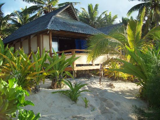 Vaimaanga, Îles Cook : the beachfront bungalow