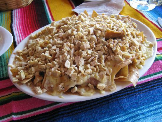 Playa Brujas: Chicken Nachos Anyone?