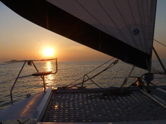 Danforth Yachting: Sunset Cruise