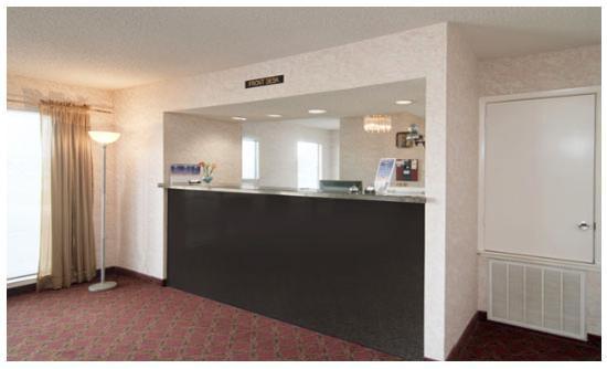 Americas Best Value Inn & Suites Texas City: Lobby Area