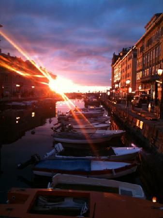 Триесте, Италия: Trieste, Canal Grande