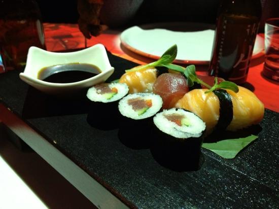 Izkaya Asian Touch Table Restaurant : Sushinat Izkaya
