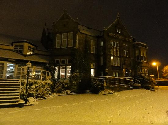 BEST WESTERN Motherwell Centre Moorings Hotel: Woke up to snow 7am!