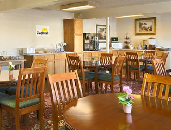 Days Inn Midtown ABQ : Breakfast area