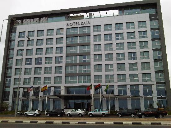 Hotel Baia Luanda: Frente hotel