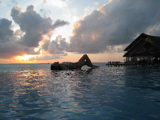 Anantara Dhigu MaldivesResort: Anantara Dhigu pool