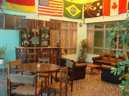 San Pancho AQP Hostel: Patio
