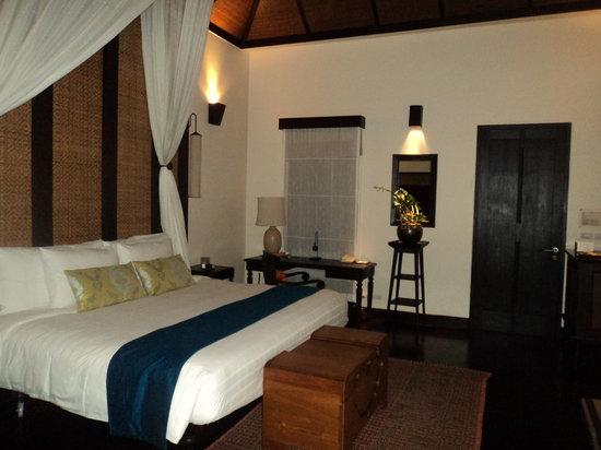 Anantara Mai Khao Phuket Villas: room