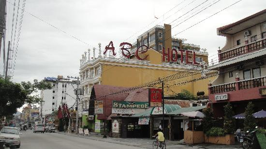 Angeles Beach Club Hotel: ABC hotel