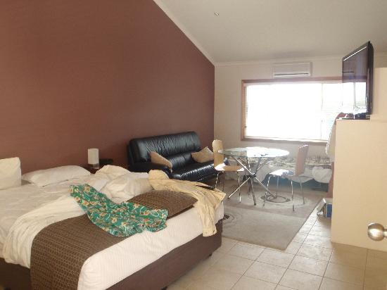 Koala Tree Motel: our room