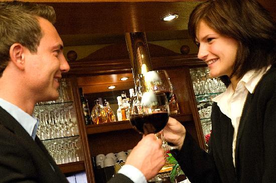 Hotel Landhaus Dierkow: Bar