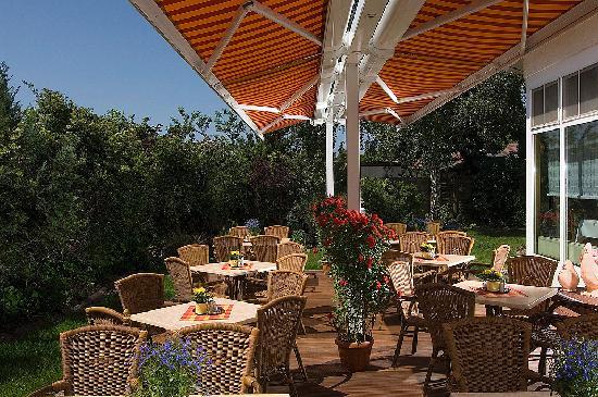 Hotel Landhaus Dierkow: Garten