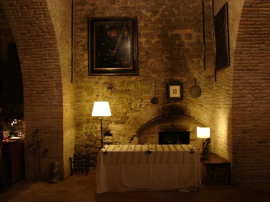 Castello di Rosciano: Il Salone dei Quadri