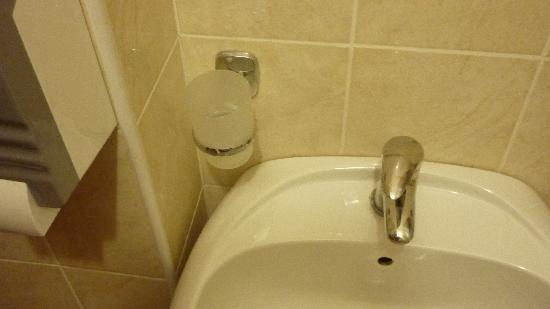 Hotel Prestige: bathroom