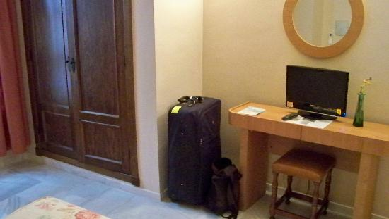 Hotel Gonzalez: same