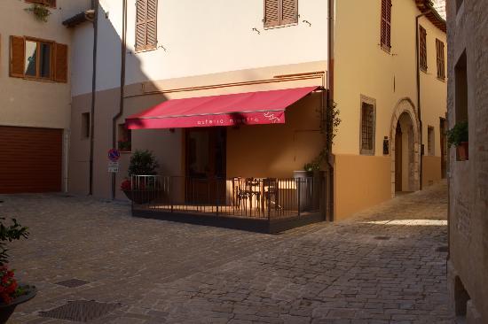 San Severino Marche, Italy: L'arte in cucina