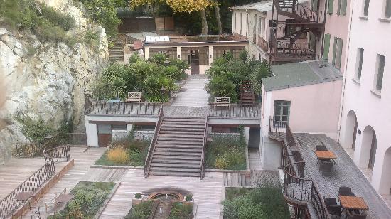 Le Grand Hotel: La vue sur le jardin