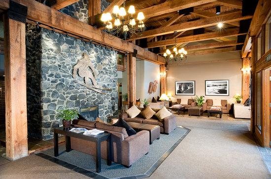 تانتالوس ريزورت لودج: Hotel Lobby