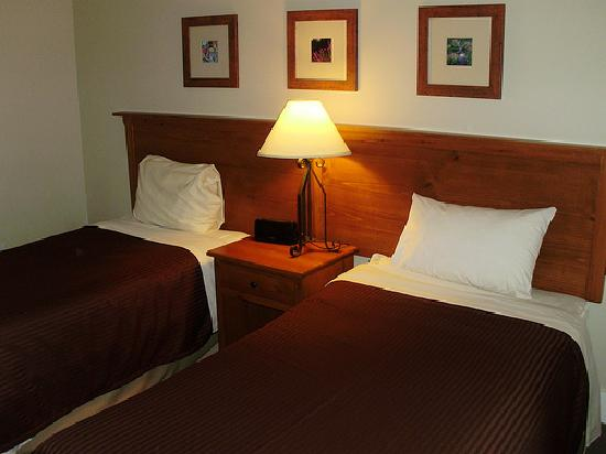 Tantalus Lodge: Bedroom2