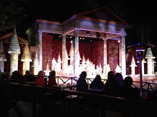 Busch Gardens Christmas Town Polar Pathway Lights Picture Of Busch Gardens Williamsburg