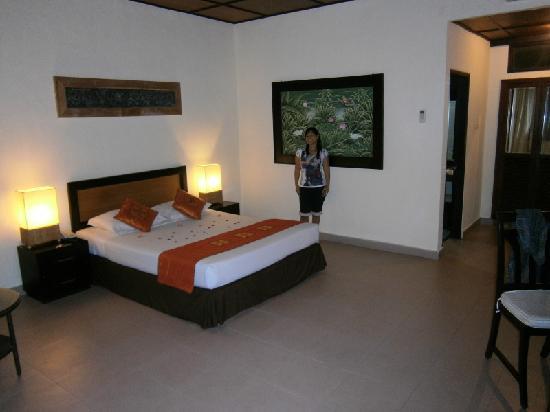 Matahari Terbit Bali Deluxe Bungalows: große Zimmer