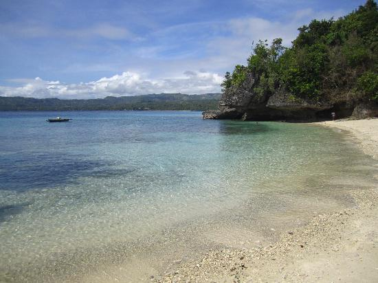 Salagdoong Beach : clear water