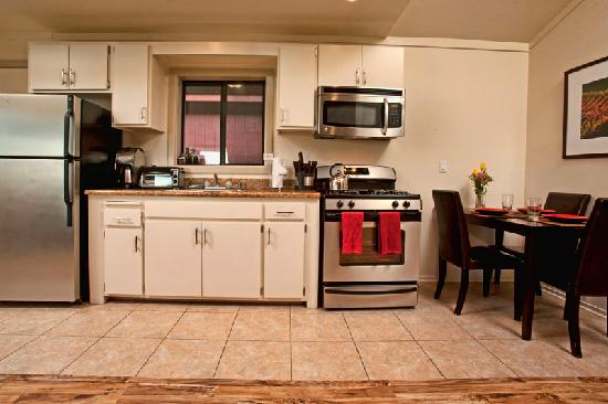 Cottages at Little River Cove : Gourmet Kitchens in Every Cottage