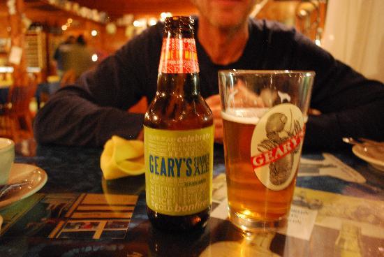 Demuros' Top of the Hill Restaurant: ottima birra
