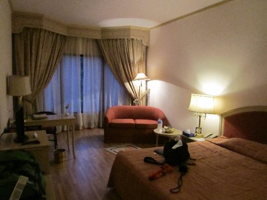 Malla Hotel: Room on Executive Floor
