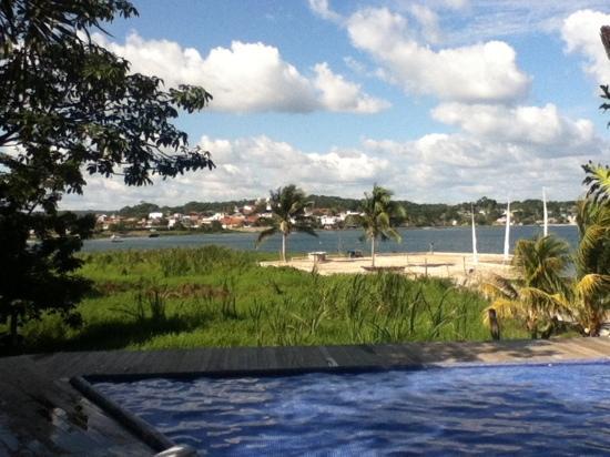 Hotel Maya Internacional: Vista al lago desde el restaurante