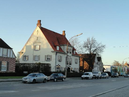 The Hotel Savarin