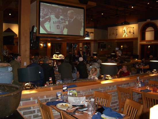 Aggy's Sports Grill: Aggies & BYU