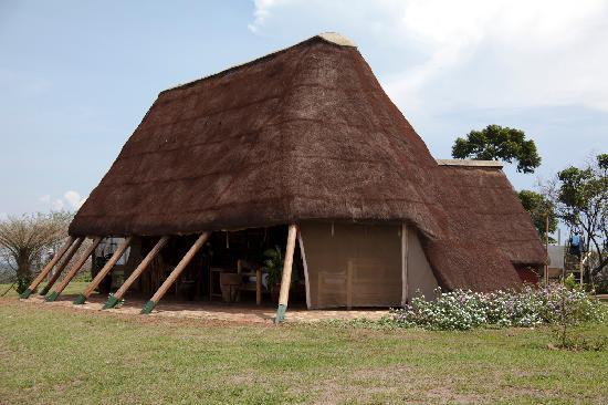 Ngamba Island Tented Camp : Restaurant