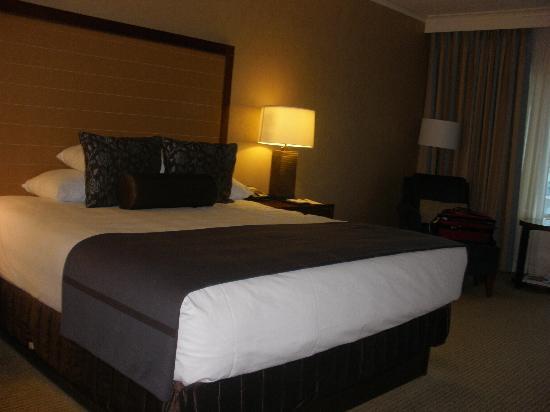 Hyatt Regency Calgary: Our room on the 8th floor