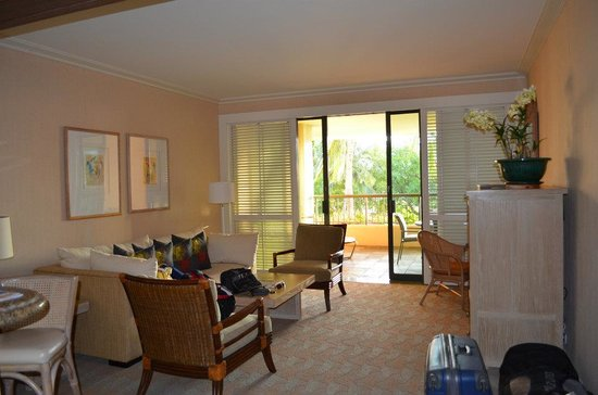 Hapuna Beach Prince Hotel : Suite Living Room