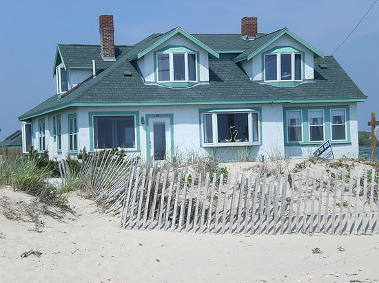 Sea Shell Inn: View from the beach