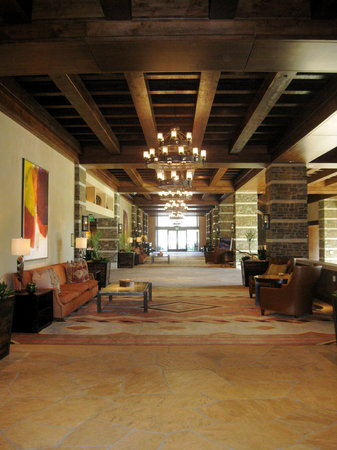 The Ritz-Carlton, Dove Mountain: In the Lobby