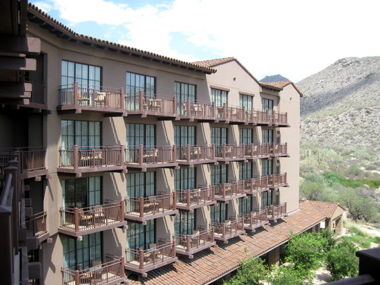The Ritz-Carlton Dove Mountain: Hotel Balconies