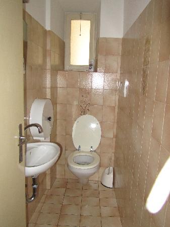 Gasthof Schwarze Katz - Albergo Gatto Nero: servizi igienici , in comune,
