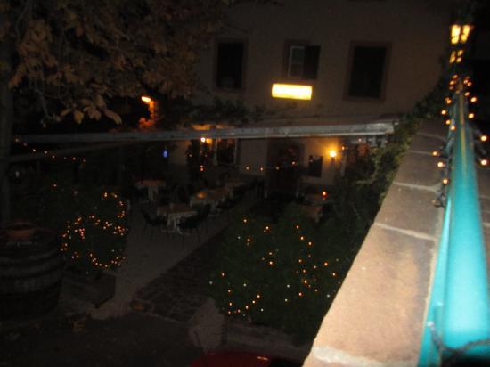 Gasthof Schwarze Katz - Albergo Gatto Nero : piccola veranda esterna,