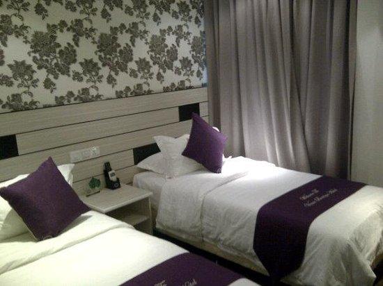 Venus Boutique Hotel: Superior twin bedroom