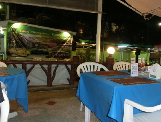 Eden Bungalow Resort: Eden Bungalows restaurant
