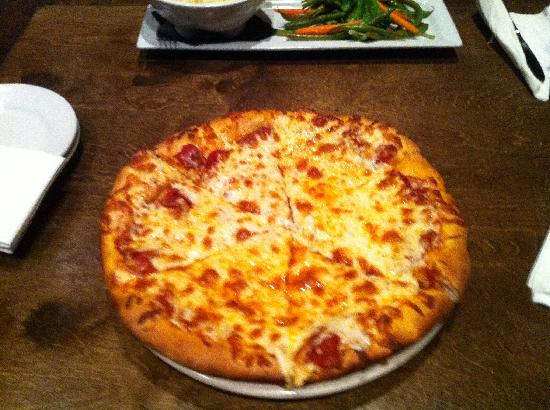 Coronado Firehouse Bar & Grill: The Pizza