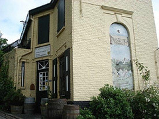 Estaminet'T Kasteel Hof : 'T Kasteelhof in Casselle, France