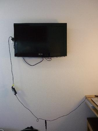 Hotel Ochsen: LCD Television on the wall