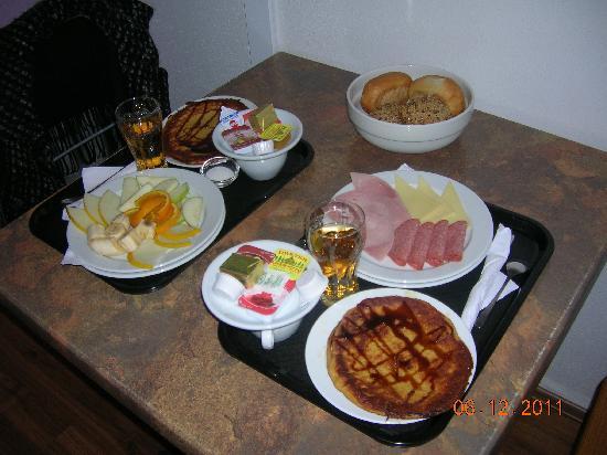 Pangea People Hostel: colazione