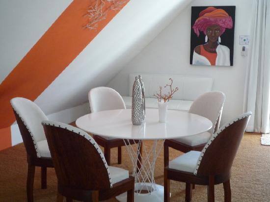 Rothman Manor: Loft Suite